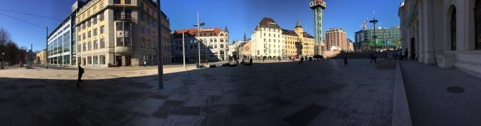 Bahnhofsvorplatz, Jernbanetorget, Copyright: insidenorway