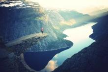 Die berühmte Trolltunga, die Trollzunge am Sørfjord