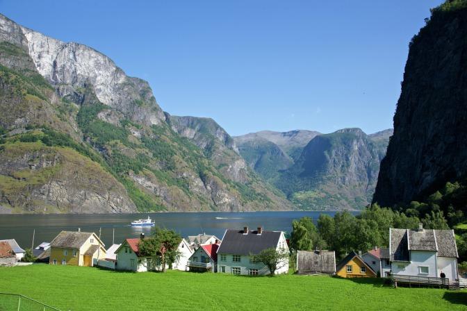 Aurdalsfjord, ein Seitenarm des Sognefjord, Copyright: Øyvind Heen - Visitnorway.com