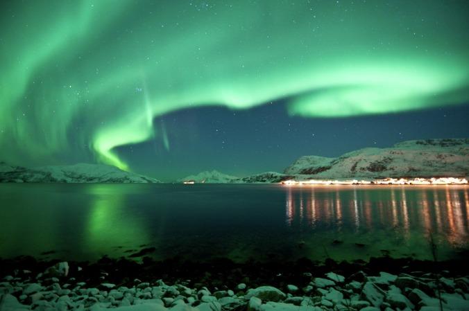 Nordlichter über Kvaløya, Copyright: Gaute Bruvik - visitnorway.com