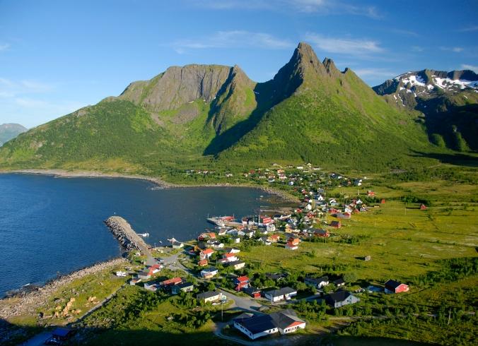 Mefjordvær, Copyright: Reiner Schaufler / www.nordnorge.com / Berg