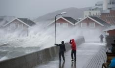 Ersetzt die Dusche: Herbststurm in Bodø, Copyright: Ernst Furuhatt / www.nordnorge.com / Bodø