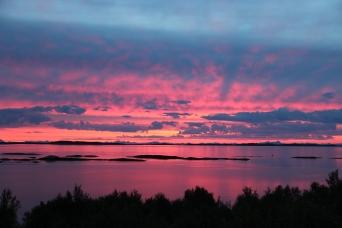 Sonnenuntergang über Kjerringøy, Copyright: Martine Johansen Alvestad / www.nordnorge.com / Bodø