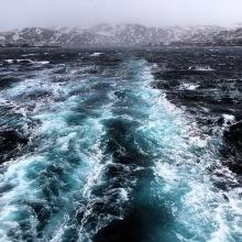 Rauhe See nördlich des Polarkreises