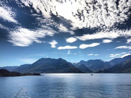 Die zauberhafte Landschaft von Øksfjord