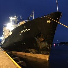 Die MS Lofoten schmust mit uns in Trondheim